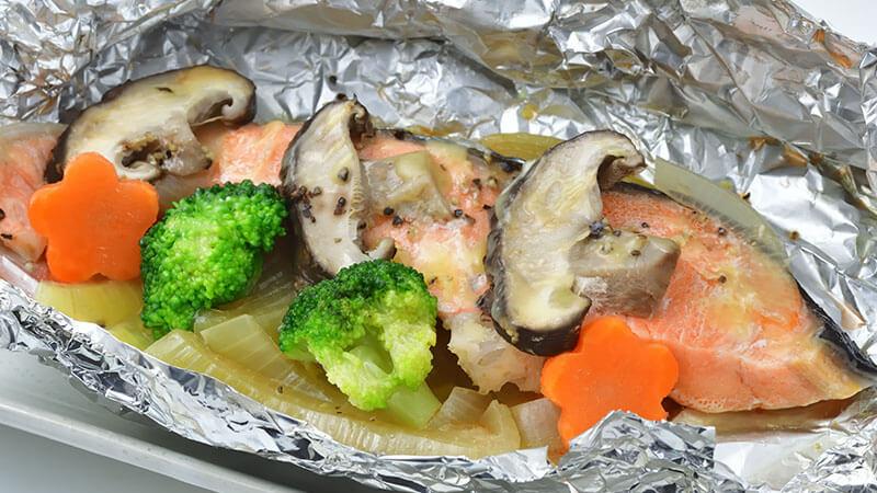 菊芋とサーモンのホイル焼き
